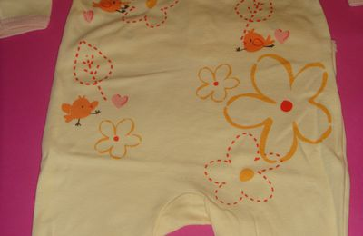 Pyjama fleuri en coton taille 3 mois
