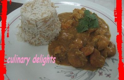 Thai spicy shrimps in coconut milk