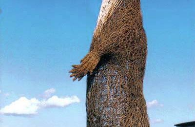 ART-NATURE-Scuplture animal de saule-Michelle Cain-Royaume Unis