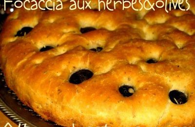 Focaccia aux herbes & olives