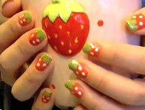 Des ongles à la fraise