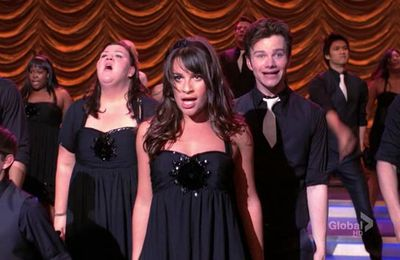 """Funeral"" & ""New-York"" (Glee - 2.21/2.22)"