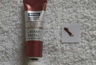 Nivea - Creamy Metal Eye Shadow