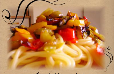 Spaghettis aux trois poivrons