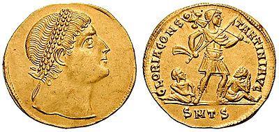 Des pièces d'or romaines vieilles de près de 1700 ans découvertes.