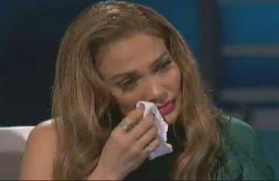 Jennifer Lopez en larmes devant son public
