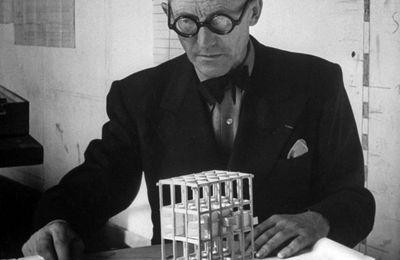 ArchiFace#1: Le Corbusier.