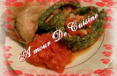 سبانخ ملفوفة مع صلصة الطماطم و الدجاج