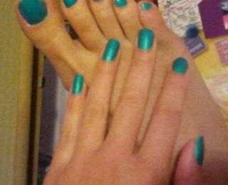 Turned up turquoise ( neon )