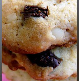 The cookies extra moelleux sirop d'érable, choco et macadamia!!