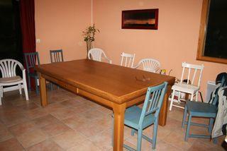 Des bancs pour une table...