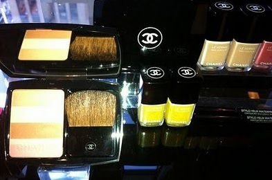 Giallo il make-up dell'estate a casa Chanel -Les Fleurs d'été