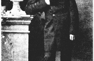 Friederich Nietzsche - main invisible