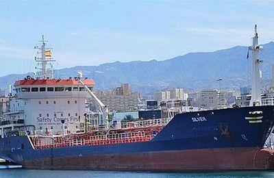 Tan Tan : bateau Silver échoué au port