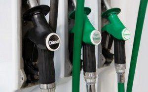 Benzina, sciopero distributori dal 3 al 5 agosto? No anche a self-service