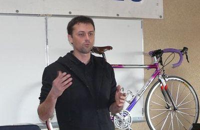 """14 JANVIER 2012 - Un vif succès pour cette rencontre """"mécanique vélo"""""""