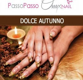 OnyxNail: Elegante e raffinata Nail Art oro e marrone in UV Gel
