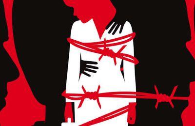 """Quand les victimes de harcèlement sexuel parlent, elle sont transformées en coupables. Sort réservé à celle qui dénonçait les pratiques d'un gwo zouzoun tèt kale et que 2 directeurs auto-proclamés d'opinion n'ont pas hésité de qualifier de """" femme la plus dangereuse d'Haïti"""""""