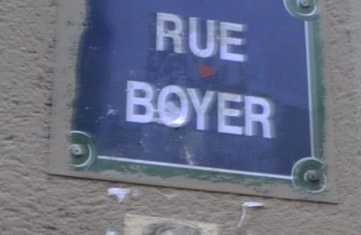 Le clown de la rue Boyer