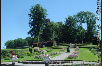 Promenade dans les Jardins d'Annevoie en Juillet