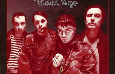 BLACK LIPS - Underneath The Rainbow. Toujours verts