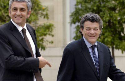 """Dépêche AFP du 16 février 2011 - Une confédération des Centres """"avant l'été""""."""