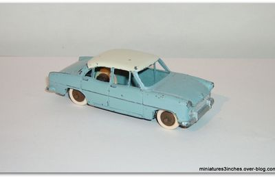 "Simca Versailles ""ref 24Z"" MIF by Dinky Toys."