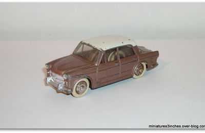 "Fiat 1200 ""Grande vue"" ref 531 MIF by Dinky Toys."