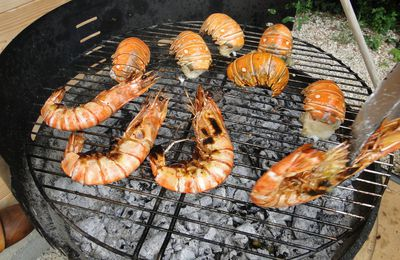 Queues de langouste au barbecue