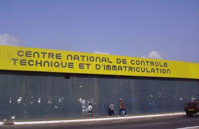 Gabon : Le pire (2/3), les transports, les routes, les avions, administrations ...
