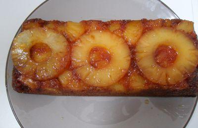 gateau à l'ananas et au caramel!