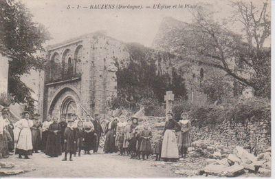 Bauzens, l'église et la place