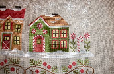 "Santa's Village : ""Candy Cane Cottage"""