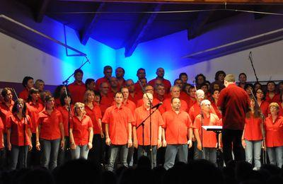 Nos amis de la chorale POP en concert à Pernes