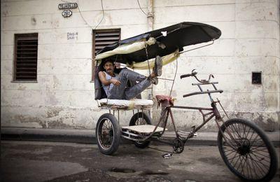 Cuba, le discours change... pas les photos