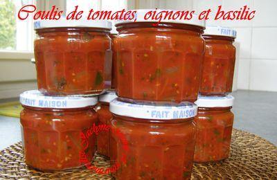 Coulis de tomates, oignons et basilic De bonnes conserves pour l' hiver ♥