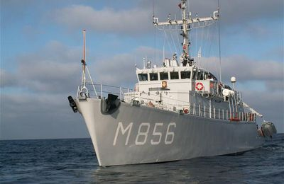 La marine néerlandaise en chien de garde près de Gibraltar (maj)