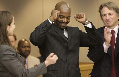 Cornelius Dupree est innocenté après 30 ans de prison grâce à son ADN