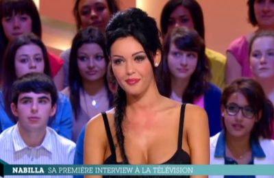 Nabilla: son interview dans Le Grand Journal de Canal+ 11/04/2013