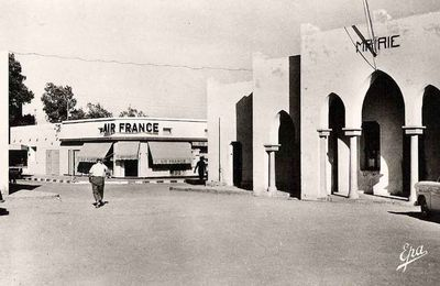 Ancienne Photo: La Mairie de Bechar