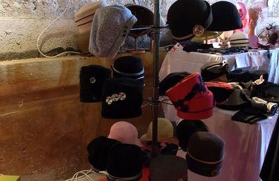 Marché Mobile à Nantes, 26/27 novembre, rue de la Paix (3/7) : L.modisty, chapeaux