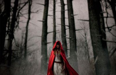 Red riding hood : Amanda Seyfried en rouge, poster & trailer