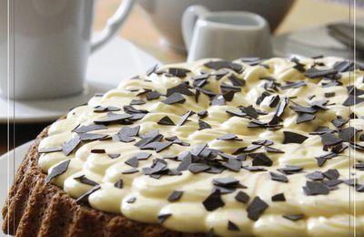 Gâteau au café façon tiramisu et sa sauce au café Amaretto
