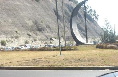 Rond-point à Quito (Equateur)