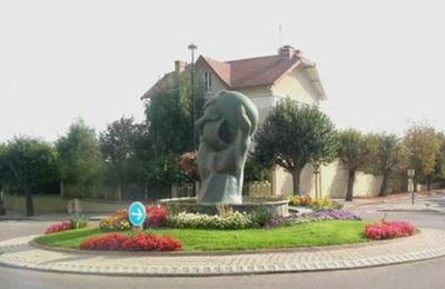 Rond-point à Mably