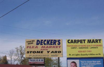 Decker's, Flea market