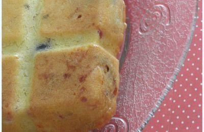 CAKE JAMBON OLIVES ET TOMATES SECHEES