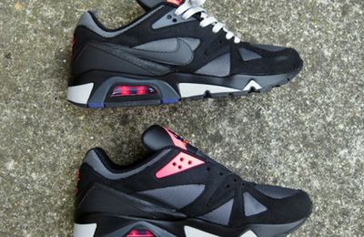 Nike Air Structure Triax '91 – Black – Anthracite – Pink – Metallic Silver