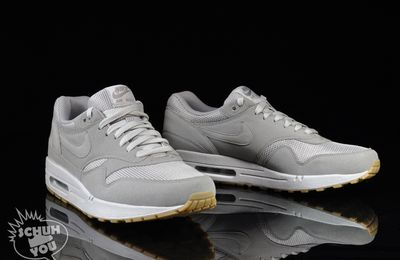 "La Nike Air Max 1 ""Grey"" Crepe"