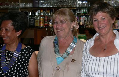 Luz Sanchez-Richardson nouvelle présidente du club Innerwheel de Saintonge (22.06.2010)